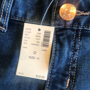 Justice Bottoms - Justice jean shorts 14 NWT